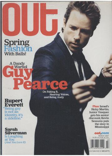 Out - 2007 - N°.160 - A Dandy Warhol Guy Pearce
